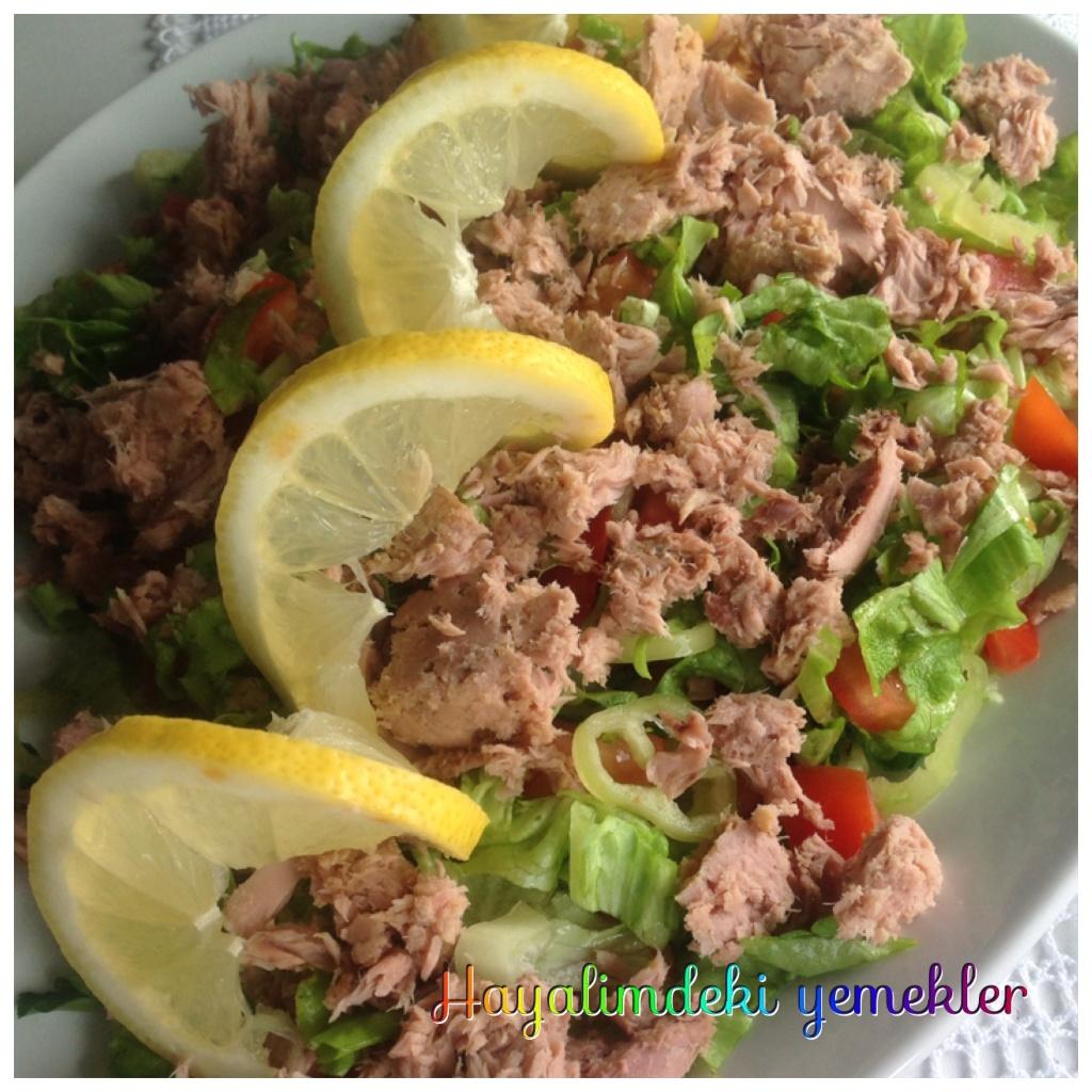 ton balikli salata tarifi,resimli salata nasil yapilir